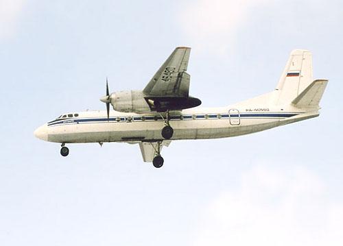 Самолет Ан-24 совершил аварийную посадку в Тюмени